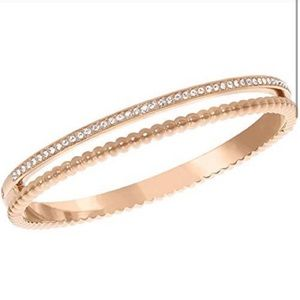 Swarovski rose gold click bangle